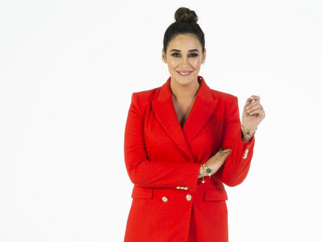 Vicky Martín Berrocal presentadora de #Tendencias en canal TEN