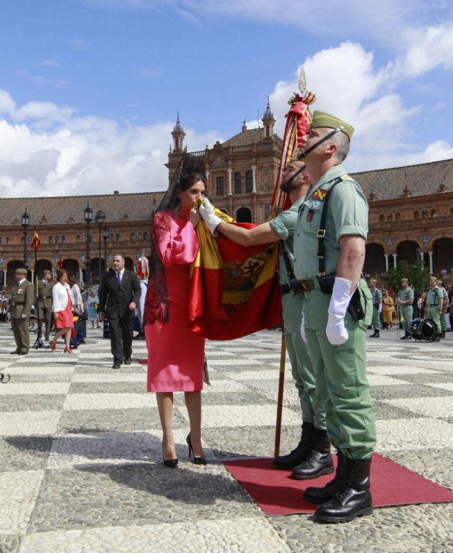 Lourdes Montes en la jura de bandera en Sevilla. Foto: Raúl Doblado