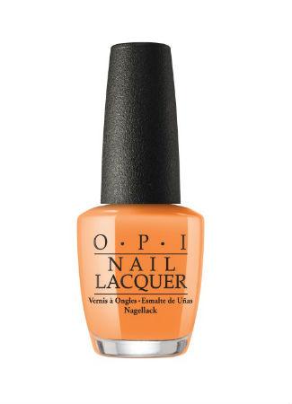 Color mandarina para las uñas en la primavera verano 2017