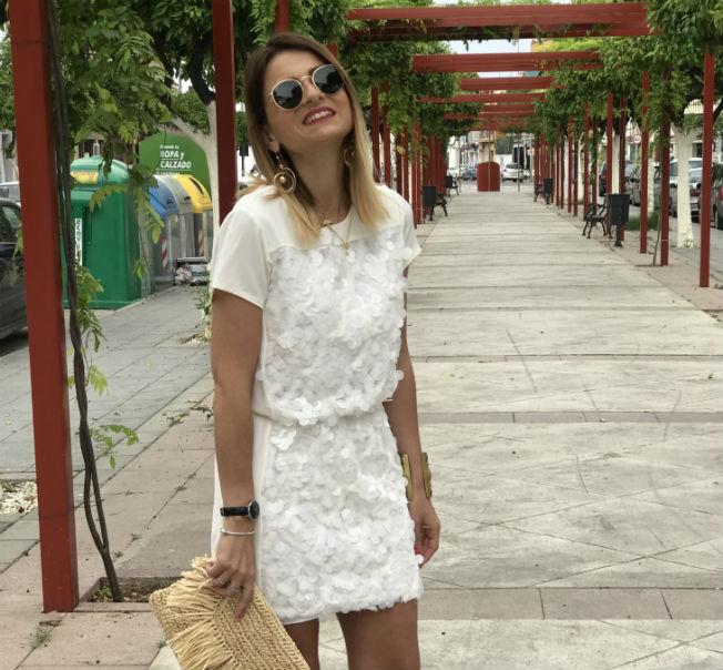 Apuesta Segura Para El Verano Un Vestido Blanco Bulevar Sur