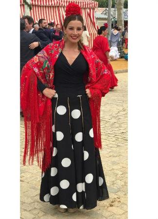 92e7a7665 Famosas e influencers vestidas de flamenca en la Feria de Abril 2017 ...