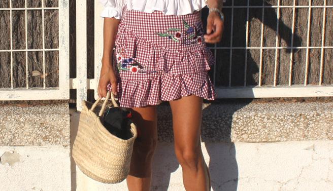 Falda de volantes con cuadros vichy