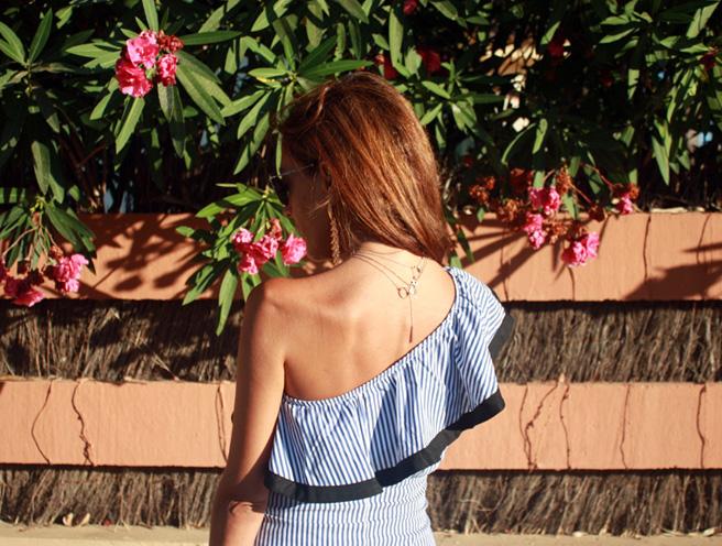 vestido-asimetrico-hanging-2