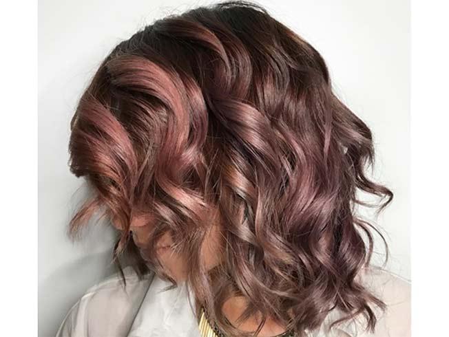 Color de pelo cafe con luces