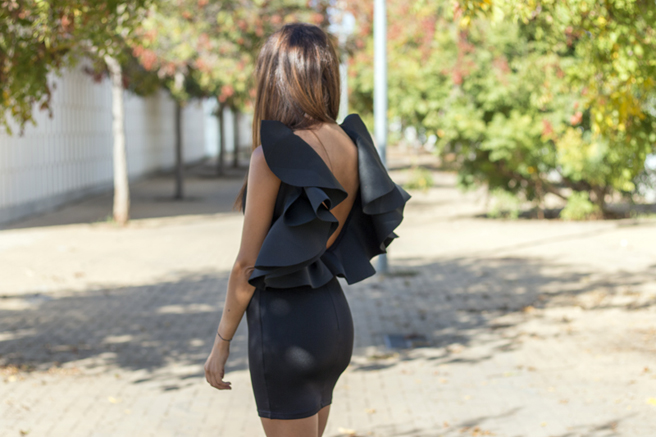 vestido-negro-yose-1