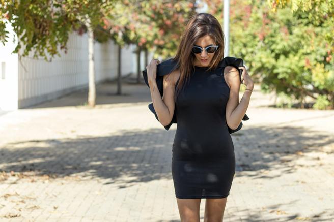 vestido-negro-yose3