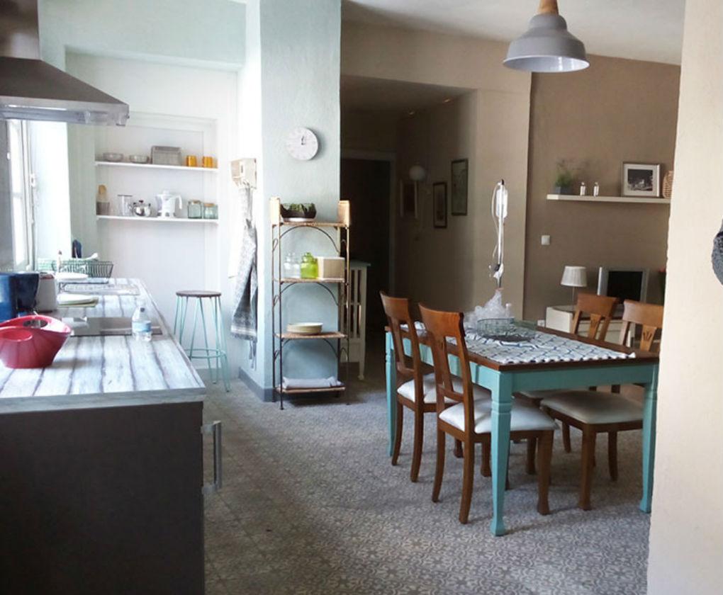 Una Empresa Sevillana Decora Las Casas De Las Series Y Programas  # Muebles Sevillanos
