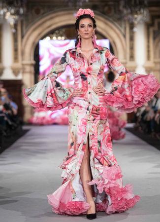 Moda Flamenca 2018: traje de flamenca camisero de Santana Diseños en We Love Flamenco 2018. Foto: Aníbal González.