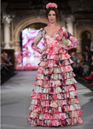 Moda Flamenca 2018: tendencia de talle alto con minivolantes de Santana Diseños. Foto: Aníbal González