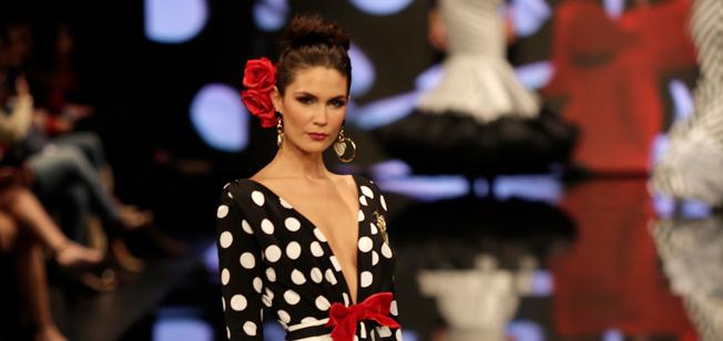SIMOF 2018: tendencias de peinado para flamencas: moño alto