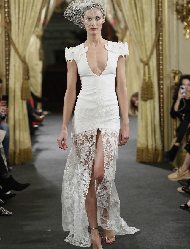 Vestido de novia de Alicia Rueda en Atelier Couture 2018