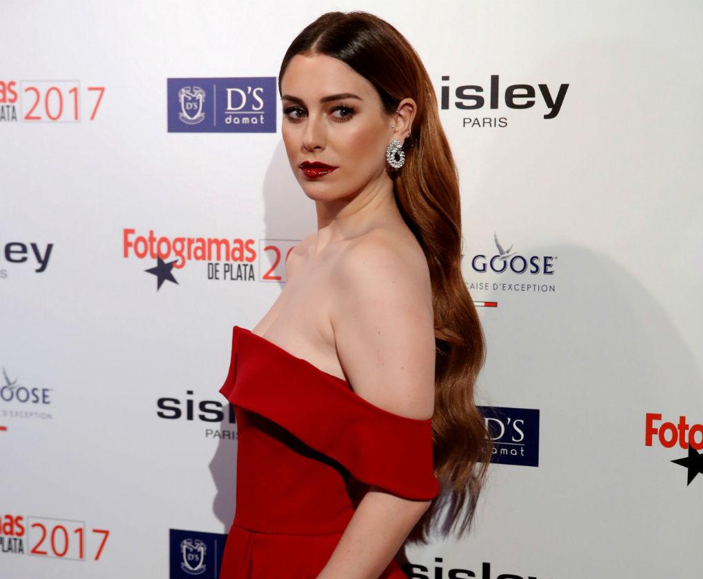 Blanca Suárez con el peinado de moda y extensiones en los premios Fotogramas. Foto: EFE