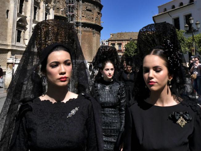 desfile-mantillas-qlamenco21-p