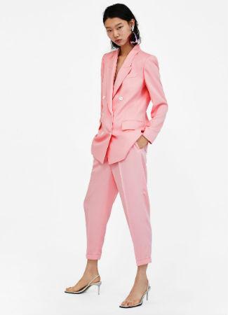 traje-de-chaqueta-rosa-zara