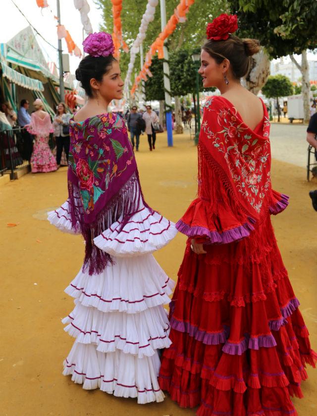Flamencas en el Real el lunes de la Feria de Abril 2018. Foto: Rocío Ruz
