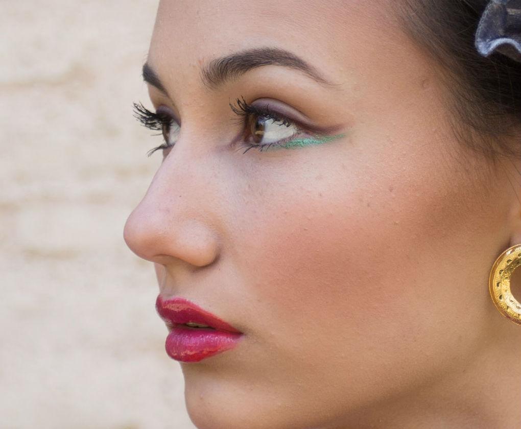 Maquillaje para feria con doble eyeliner. Foto: Vanessa Gómez