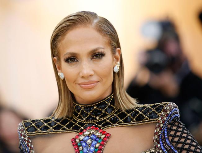 Jennifer Lopez gala MET 2018
