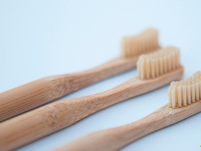 cepillo dientes ecologico bambu
