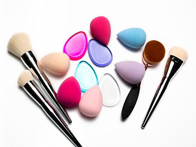 Brochas para bases de maquillaje: ¿qué acabado dejan?
