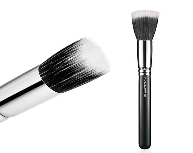 mofeta brochas base maquillaje