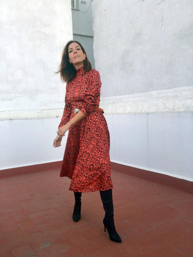 4-vestido-serpiente-rojo