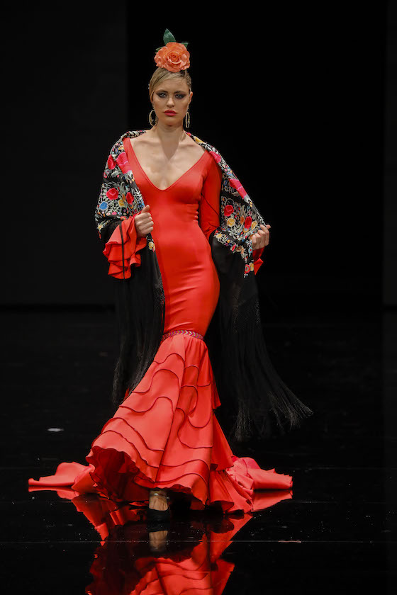 SIMOF 2019: el desfile Corazón flamenco de MOF&ART, en fotos (J.M. Serrano / Juan Flores)