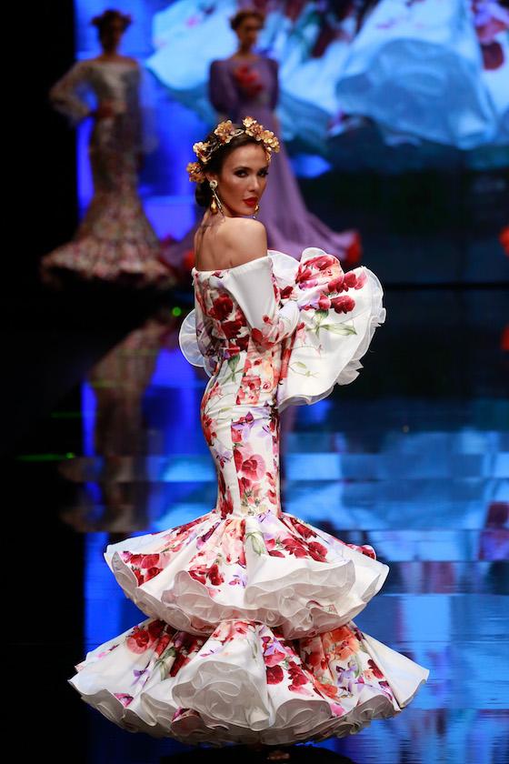 El desfile de Carmen Vega, en fotos (Vanessa Gómez/ J.M. Serrano)