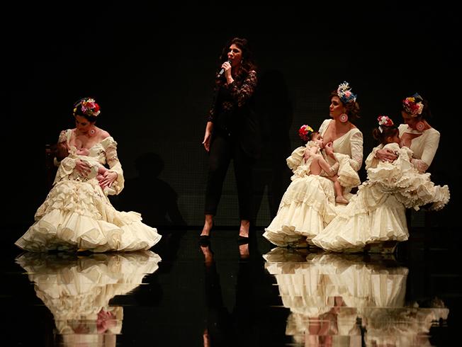 SIMOF 2019: Sonibel presenta trajes de flamenca de lactancia