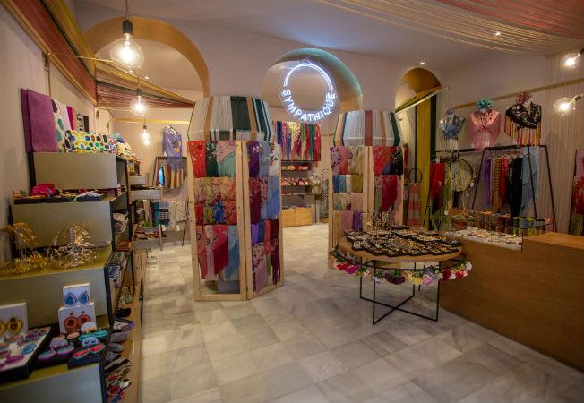 5071c8b90b92 De tiendas por Sevilla  Sympathique - Bulevar Sur