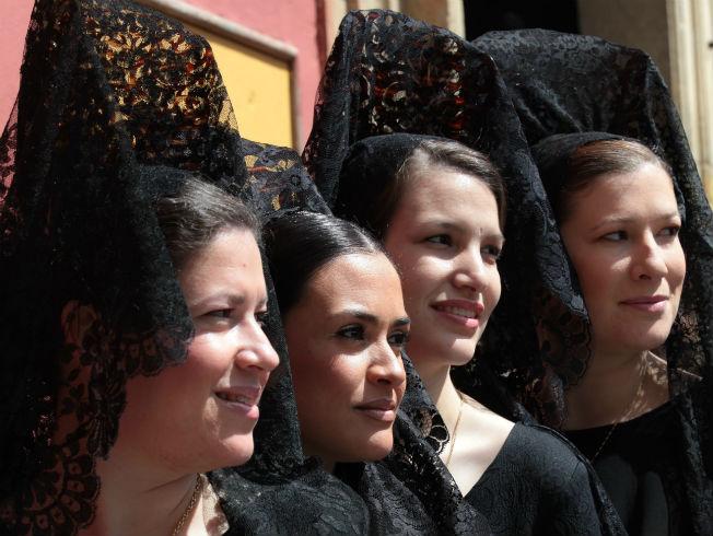 Vestir De Mantilla En Semana Santa Los Errores Que No Debes
