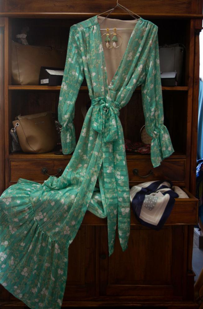 Vestido e fiesta y pendientes artesanales