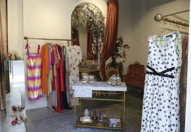 6ecdd8a0820d De tiendas por Sevilla  Ana Pallarés