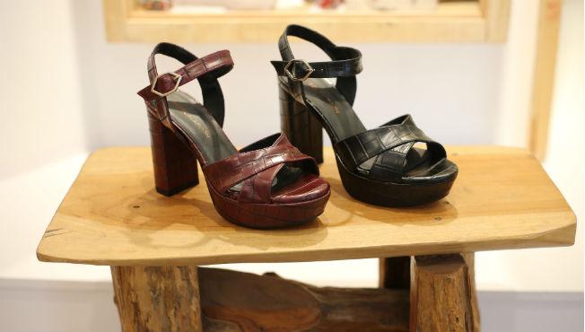 zapatos-negros-granates-nook