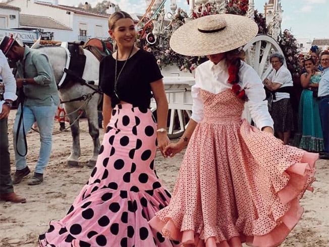 famosas flamenca rocio 2019