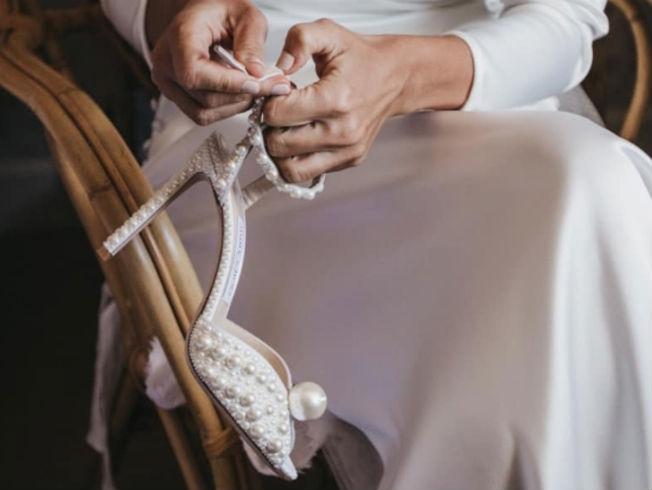 Tacones de perlas para novias