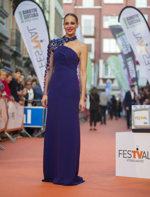 Eva González con vestido de Ángel Sánchez en la gala de clausura del FesTVal