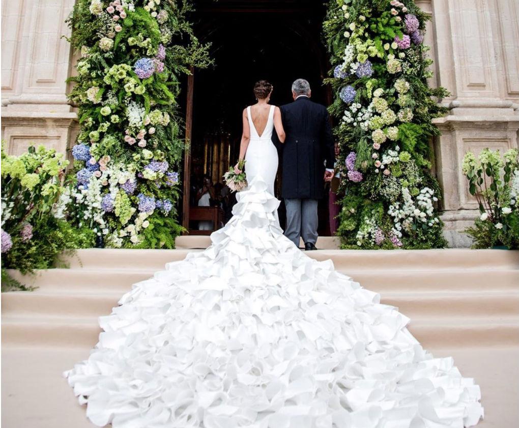 Vestido de novia de Silvia Navarro. Foto: E Campanario