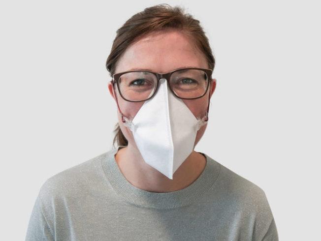 Cómo hacer mascarillas caseras con materiales cotidianos y sin coser