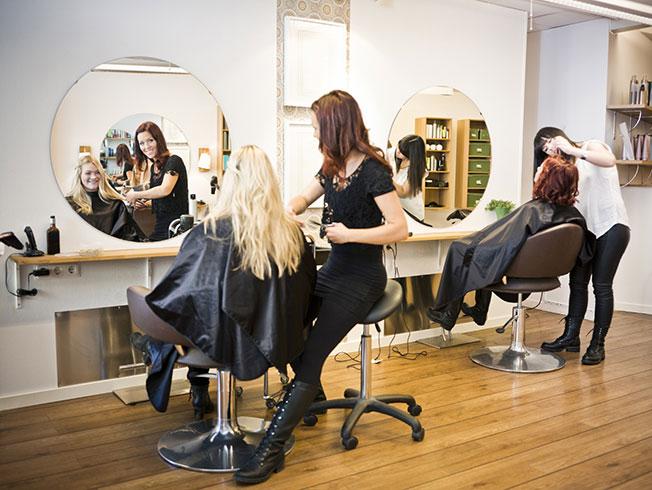 Así será volver a las peluquerías tras el confinamiento por el COVID-19