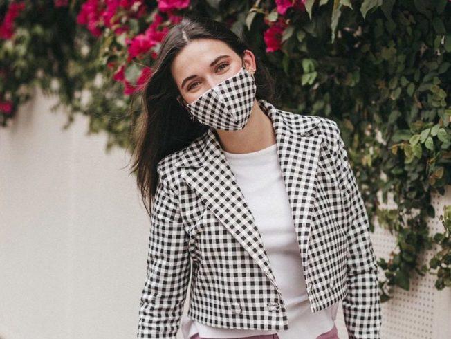 Mascarillas: el nuevo complemento de moda que surgió de la pandemia mundial
