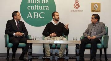 García Reys, Sánchez y Robles en el Aula de Cultura de ABC (foto: Raúl Doblado)